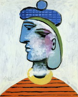 Marie-herese with a blue beret [woman portrait]